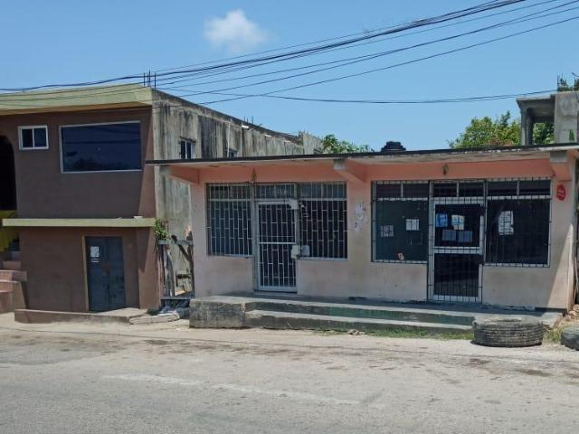 http://images.realtyserver.com/photo_server.php?btnSubmit=GetPhoto&board=jamaica&name=0000A3EE.L04