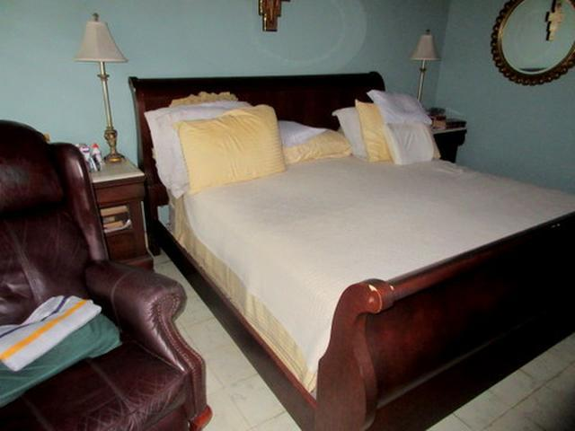ID6136 Ideal lot for family project. Zoning MAB -