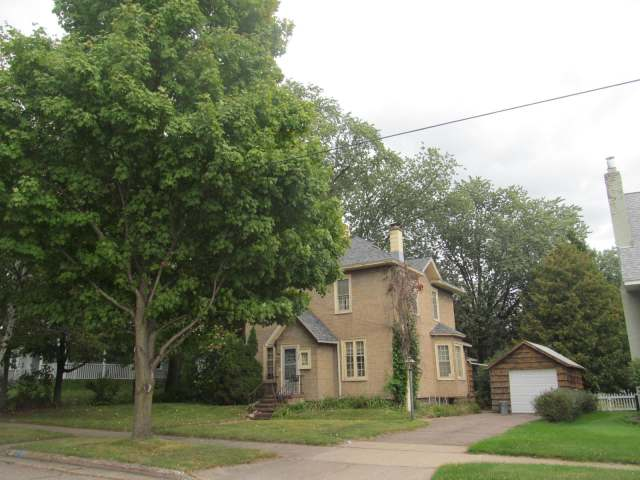 MLS# 161077 - 309 CLERMONT ST  WI 54409