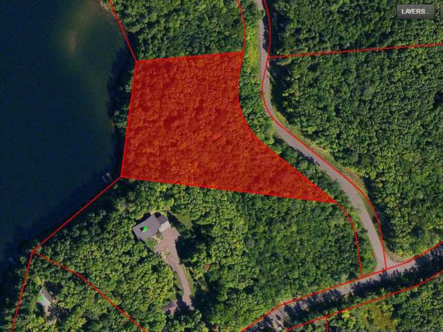 Gorgeous Lake lot with 300' of frontage on pristine Hewitt Lake. 3.09 acres with Western exposure, crystal clear water and 90 feet deep. Paradise found! Only $79,900 for recreation, hunting and fishing at your fingertips.