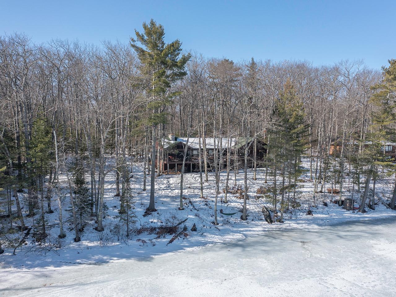 Black Oak Lake house picture