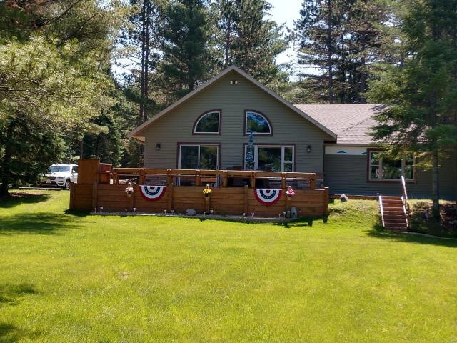 Duck Lake house picture