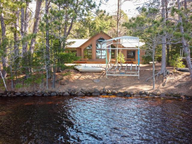 Island Lake (3L) house picture