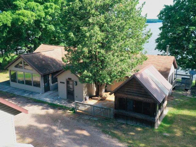 Lac Vieux Desert house picture