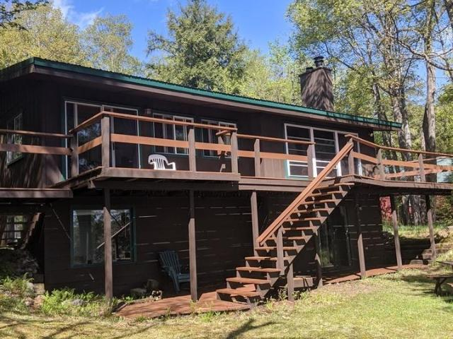 Mercer Lake (M) house picture