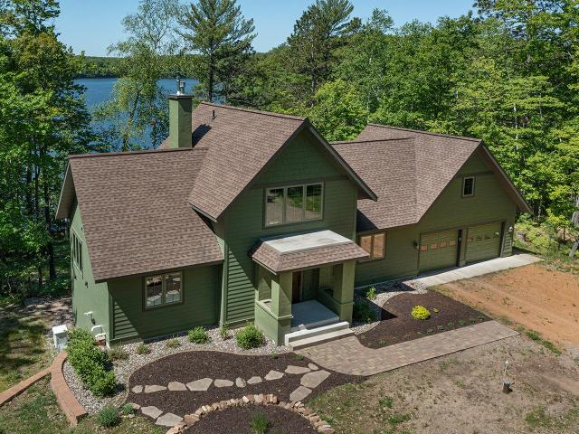 Green Bass Lake house picture