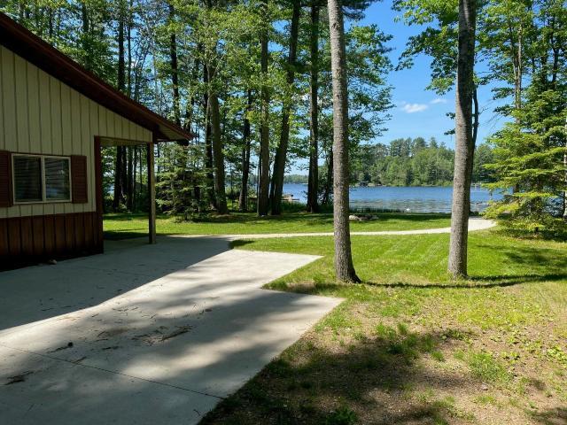 Shishebogama Lake house picture