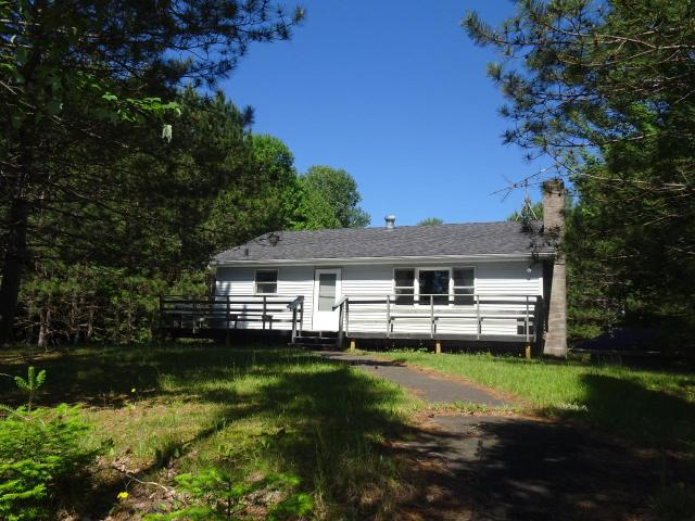 Swamsauger Lake house picture