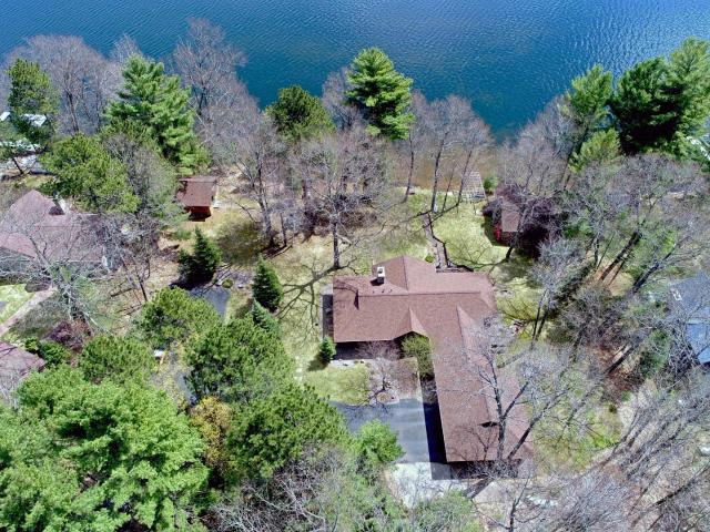 Kawaguesaga Lake house picture