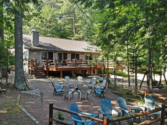 Finley Lake house picture