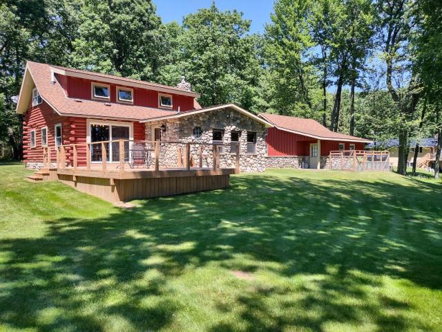 Pelican Lake house picture