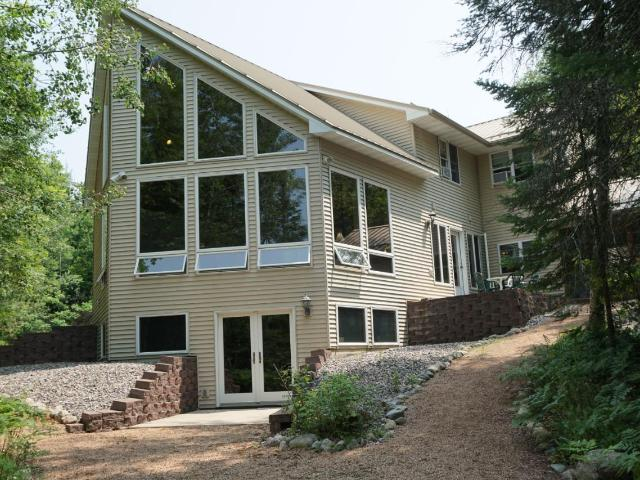 Lily Lake house picture