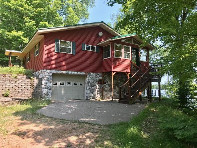 Van Vliet Lake house picture
