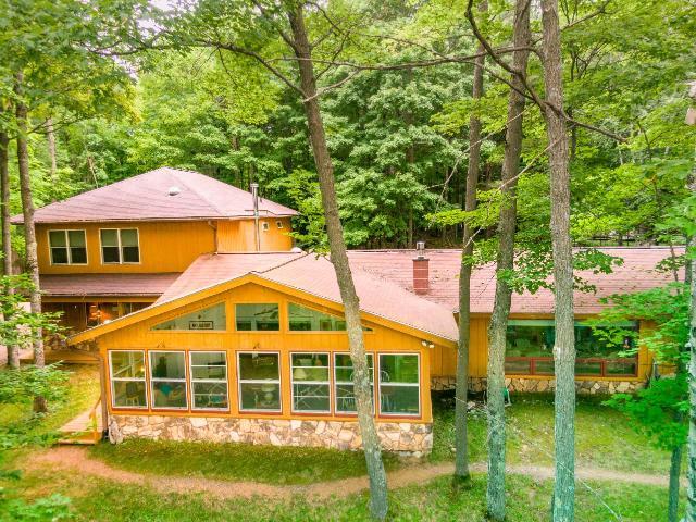 Morton Lake house picture