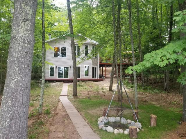 Sand Lake (M) house picture
