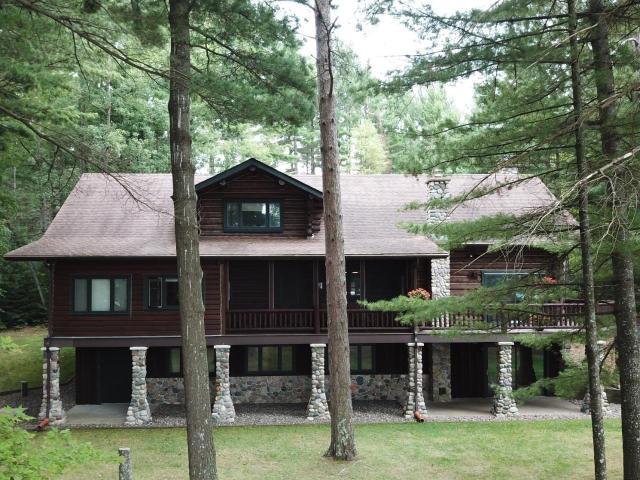 Laurel Lake house picture