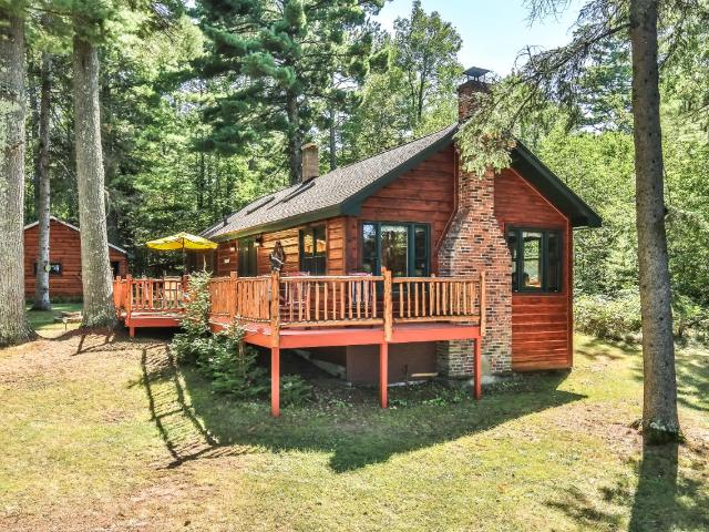 Circle Lily Lake house picture